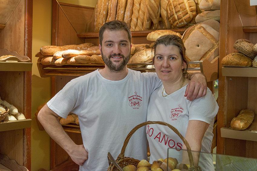Toñin y Arantcha de Panadería La Moderna